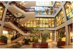 Interior da Biblioteca Central