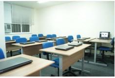 Sala de aula com 20 notebok e wifi